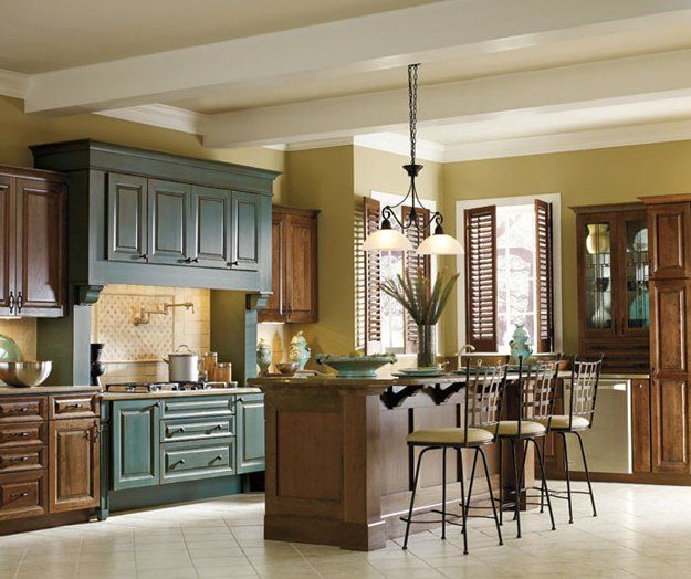 Two Tone Cabinets In Small Kitchen: 25+ Best Ideas About Two Toned Cabinets On Pinterest