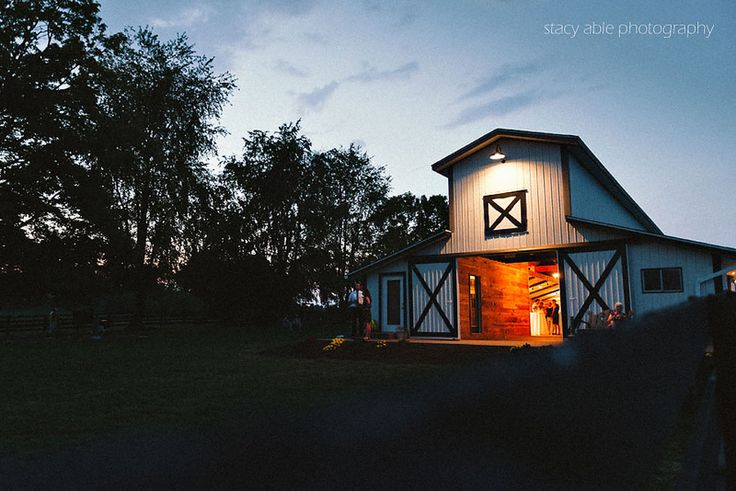 Sycamore Farm Bloomington | Venue hosting beautiful weddings and private parties in Bloomington, Indiana.