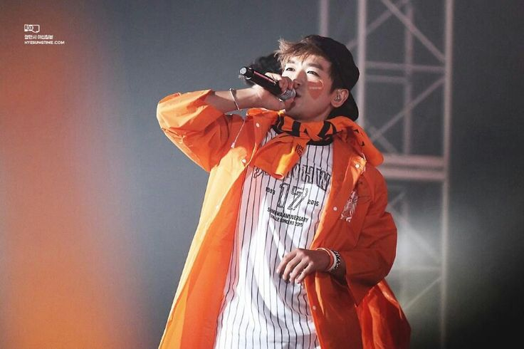 Shinhwa 2015 encore concert - Lee Min Woo Source: In the picture