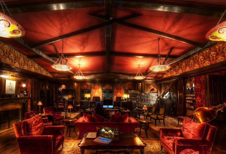 Can you believe this the studio of Hans Zimmer!