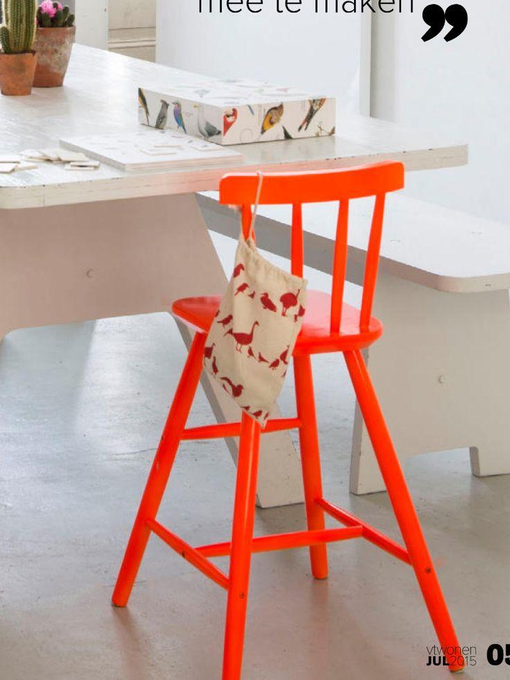 kinderstoel AGAM van Ikea in andere kleur geverfd