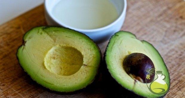 Avocado Oil for Skin: 5 Reasons Why and a Super Mask Recipe - Oilypedia.com