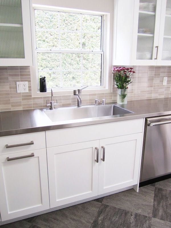 25 best ideas about stainless steel countertops on for Stainless steel bathroom countertops