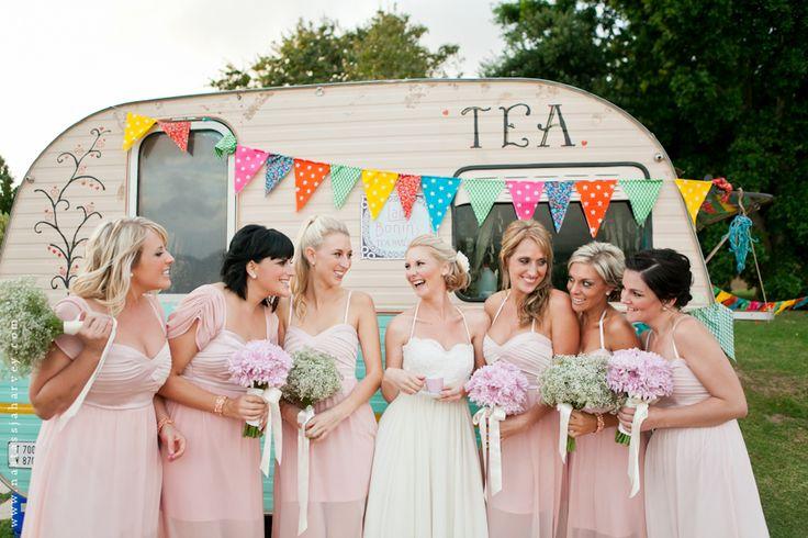 anyone for tea: pre-drinks bride & bridesmaids
