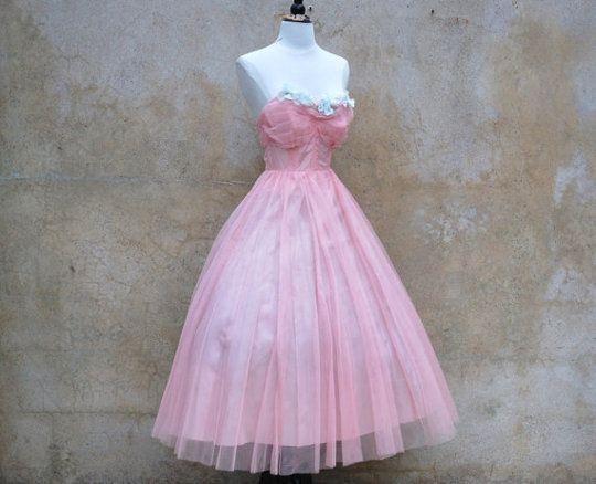 1950s prom dress | 1950's Vintage Fashion Style