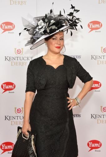 the HAT.  Jenny you nailed that outfit!