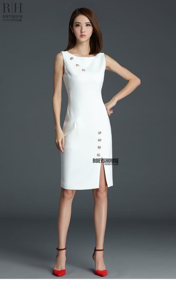 Đầm công sở đính nút xẻ tà màu trắng sang trọng  - đầm công sở caro