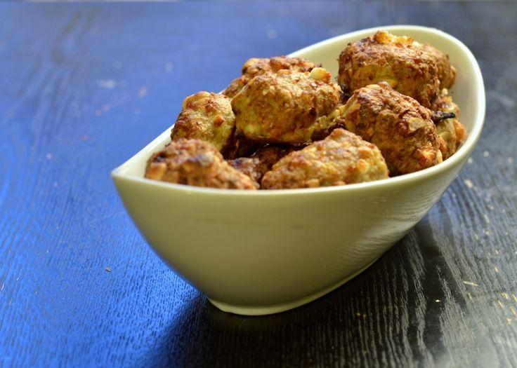 Frikadeller med squash, hasselnødder & feta -