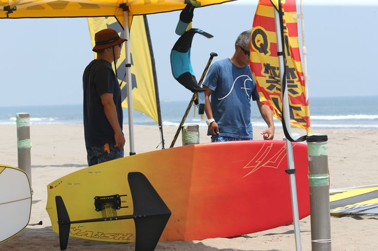 Naish Thrust Foil demo ride | SURFING / KITE SURFING / SUP/ TED`S OCEAN SPORTS BLOG