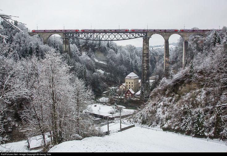 RailPictures.Net Photo: 526 063, 062, 061, 046 Südostbahn (SOB), Switzerland RABe 526 at St.Gallen, Switzerland by Georg Trüb
