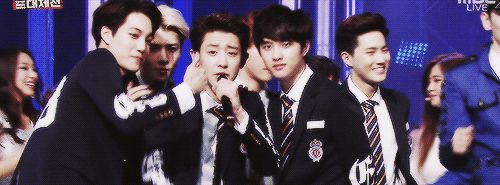 Kyungsoo, Sehun and Kai rocking out to Chanyeol's rap (gif)