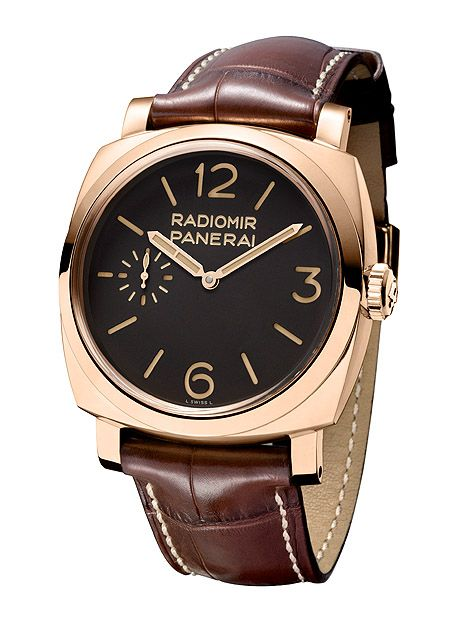 """Panerai Radiomir 1940 Oro Rosso. Paneristi-friendly reference number is PAM 00398. The gold used for the case is 5NPt, an alloy with an unusually high percentage of copper (24.1 percent) for a richer, redder hue. A smattering of platinum in the alloy (.4 percent) aids in protecting the case against oxidation. The screw-down crown on the right side of the case bears the vintage """"OP"""" logo for """"Officine Panerai."""""""