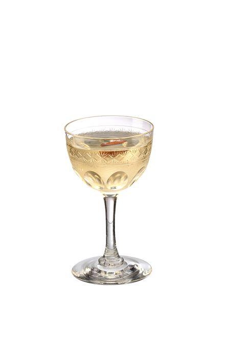 to make a marsala martini use rutte dry gin, vinho marsala, martini extra dry vermouth, disaronno originale amaretto and garnish with picles de amêndoa.. mexer