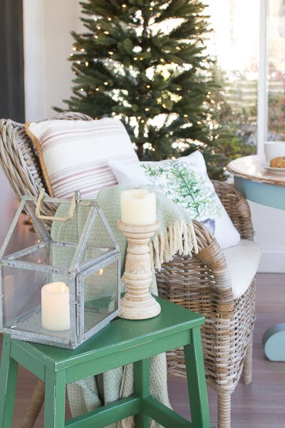 Simple Christmas on our back porch I Finding Silver Pennies