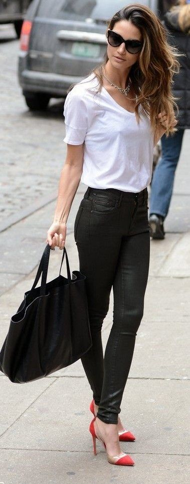 #spring #summer #celebrity #fashion #outfitideas | White Tee + Black Leather Pants | Lilly Aldridge