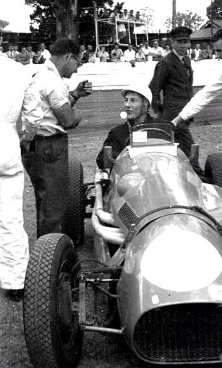 Stirling Moss, Cooper T20 Holden, Cumberland Park Speedway, Sydney 1956...