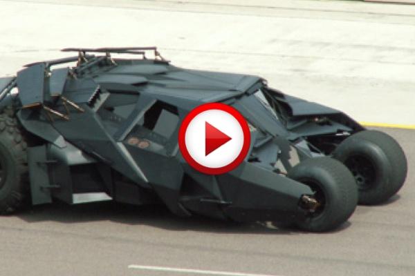 Batmobiles Racing #batman, #cars, #videos, #videobox, #pinsland, https://apps.facebook.com/yangutu