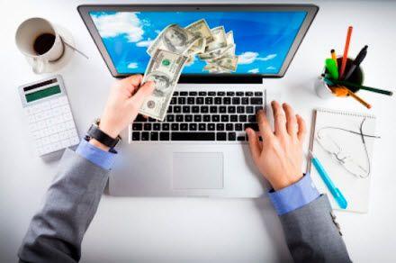 Kerja online kok malas di depan komputer? Kedengarannya memang ambigu. Tapi memang ada beberapa ide bisnis online di mana pebisnis tersebut tidak harus terus berada di depan komputer.Yang ada di b…