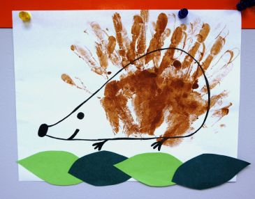 Handprint Hedgehog