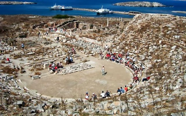 11. Αρχαιολογικός χώρος Δήλου (1990)