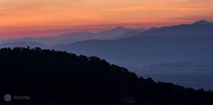 pe-dealurile-holbavului-in-cautarea-cetii-de-dimineata