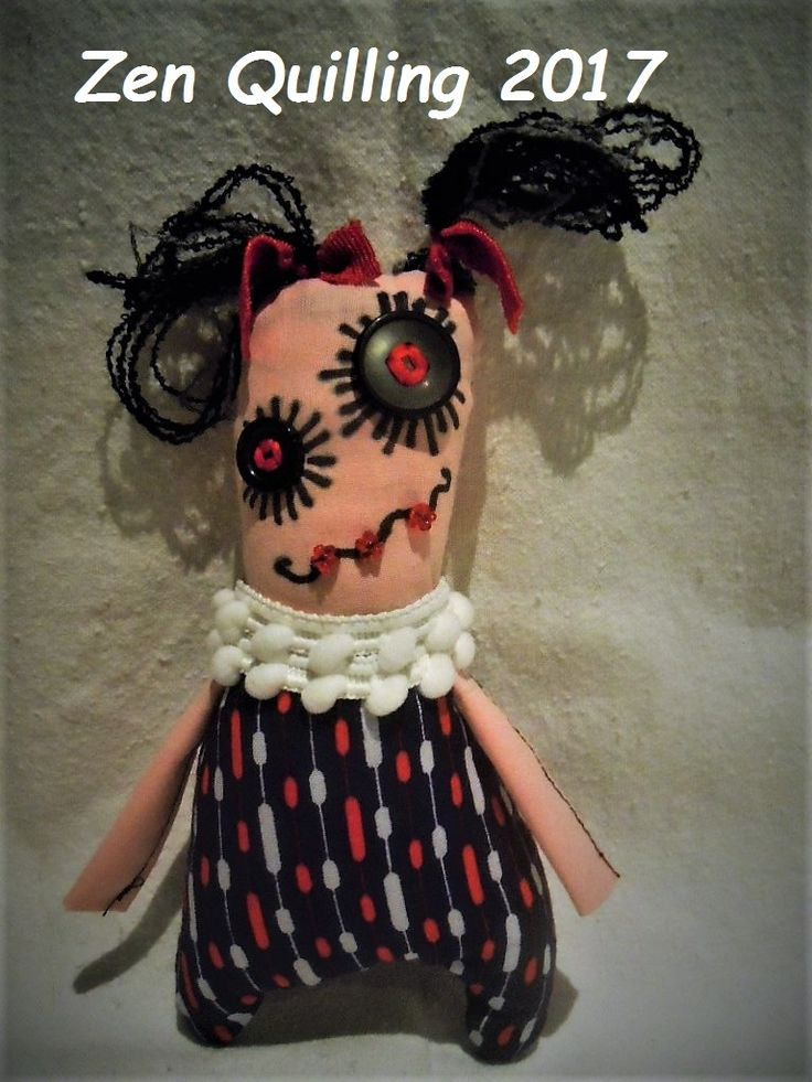 My first textile monsters - recycled small pieces of textile and old dresses, buttons, yarns ...