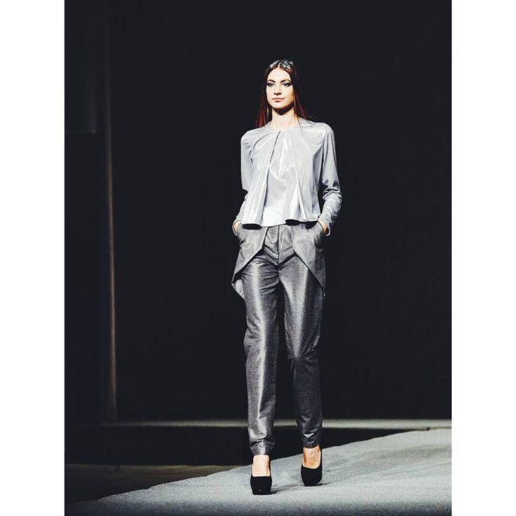 Outfit no.3 from #gogandru collection #fashion #fashiondiaries #design #galamodauvt2015 #galamodauvt #galauvt #galauvt2015 #picoftheday #vscocam #timisoara #ootd #art #texture #fashiondesign #designer #sculptural #minimalism #white #pictureoftheday #clothes #architecture #inspiration #metallic #holographic #silver #student #collection #instagood #ootd