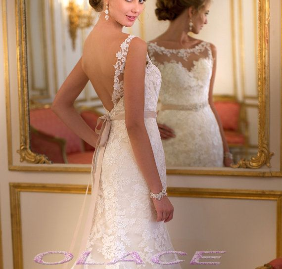 2014 Sexy Backless Lace Wedding Dress Bride Open Back Wedding Gown With Waist Sash and Sweep Train