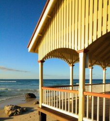 Rotunda Kirra beach - photo K Gosper