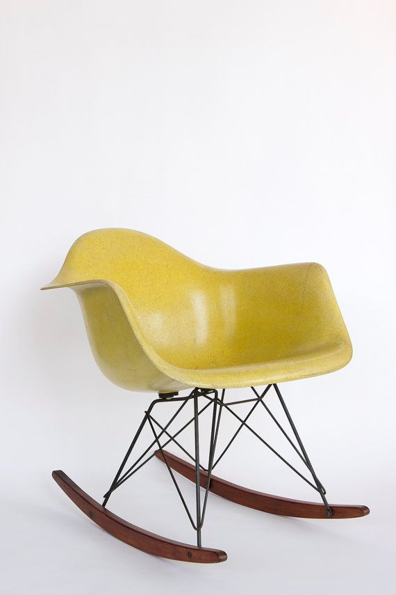 Charles and Ray Eames for Herman Miller RAR Rocker. Fiberglass, wood, metal. Circa 1950, U.S.A. This item is in excellent vintage condition.