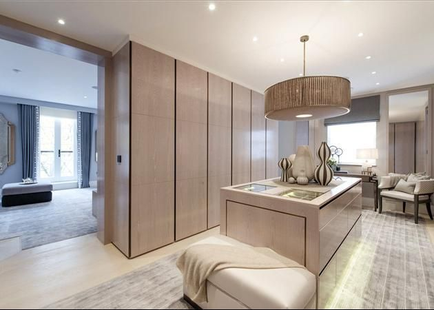 Bedroom House For Sale In Grosvenor Gardens Mews North London SW1W