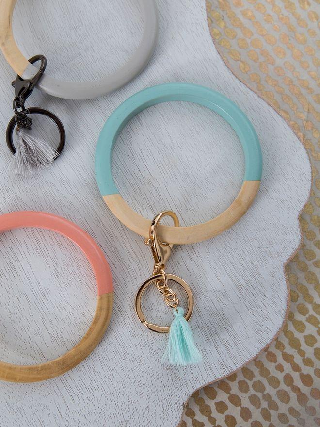 How To Make Adorable Bangle Keychain Bracelets Diy Bracelet