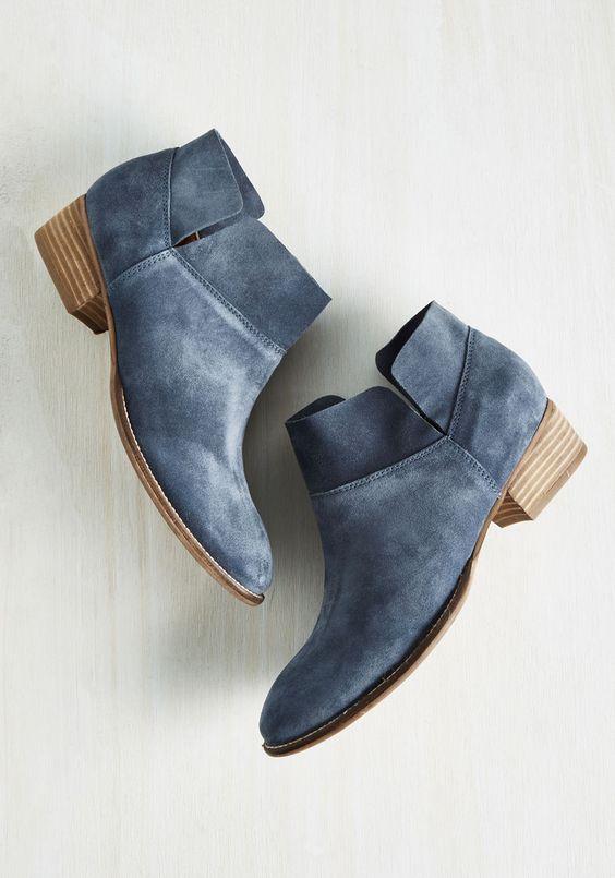 серо-синяя замша. ботинки. soft summer
