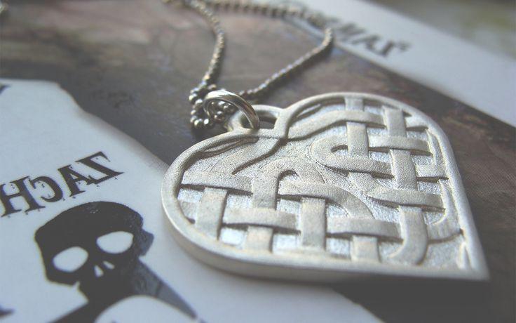 Unique heart shaped Celtic necklace designed with an online app.