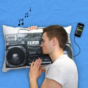 Retro Style Boombox iPod Mp3 Musica Pillow - regali per i ragazzi adolescenti