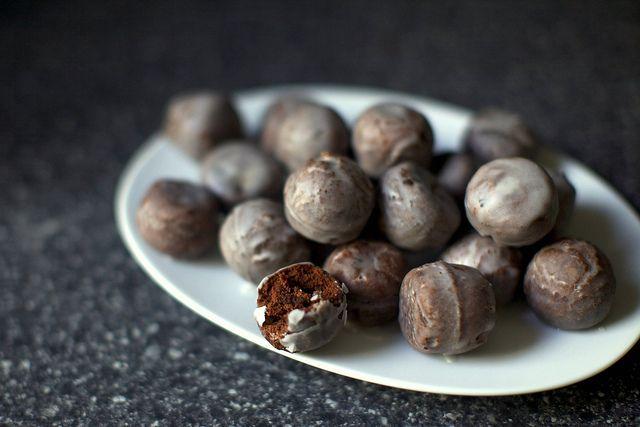 receta de agujeros de Donuts chocolate doughtnuts holes recipe miraquechulo