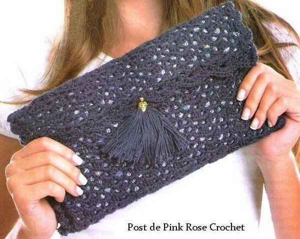 Crochetpedia: Lots of Crochet Purse Patterns and mobile purse patterns! ♡ Teresa Restegui http://www.pinterest.com/teretegui/ ♡