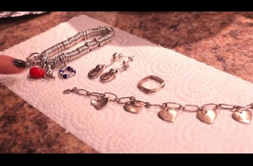 Is Your Silver Jewelry Tarnished? Here's A Quick And Easy Way To Make It Shine Like New
