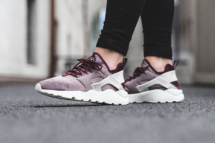 Nike Air Huarache Ultra SE Wmns – Night Maroon