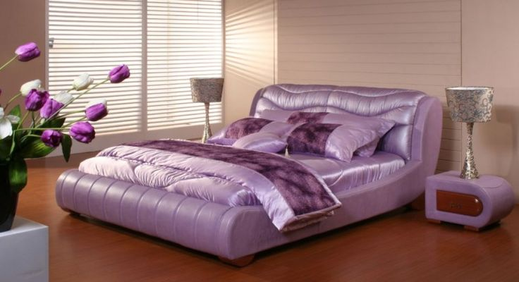 Create Impression of Luxury and Comfort with Application of Purple Color: Light Purple Bedroom Decor