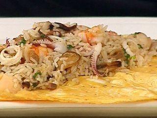 Arroz al wok con frutos de mar