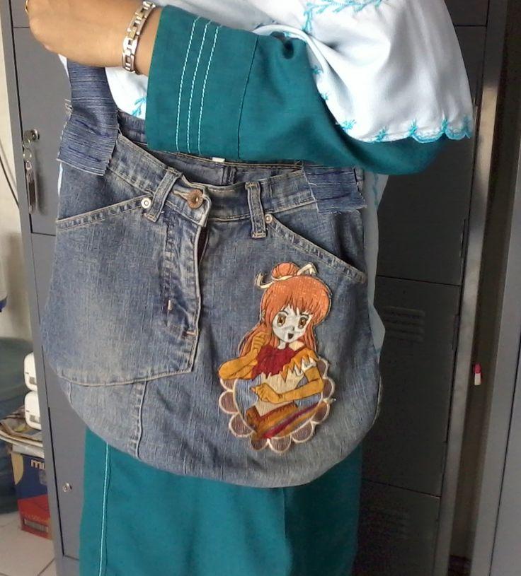 Anggun's bag.  It's made of old jeans skirt