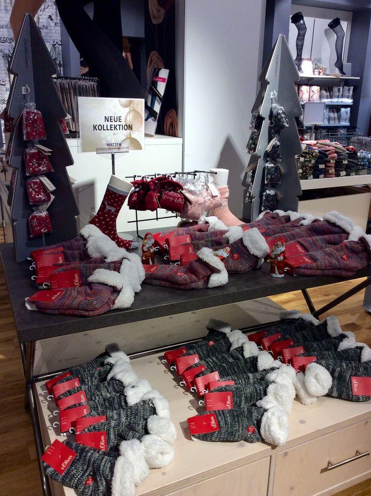 Perfekt zum Nikolaus!!!!! Beim Kauf von S. Oliver Kuschelsocken gibt es einen Lindt Schoko-Nikolaus gratis dazu 🎅🏽🎄🎅🏽 #matzen #sOliver #socken #lindt #nikolaus #schokolade #kuschelsocken
