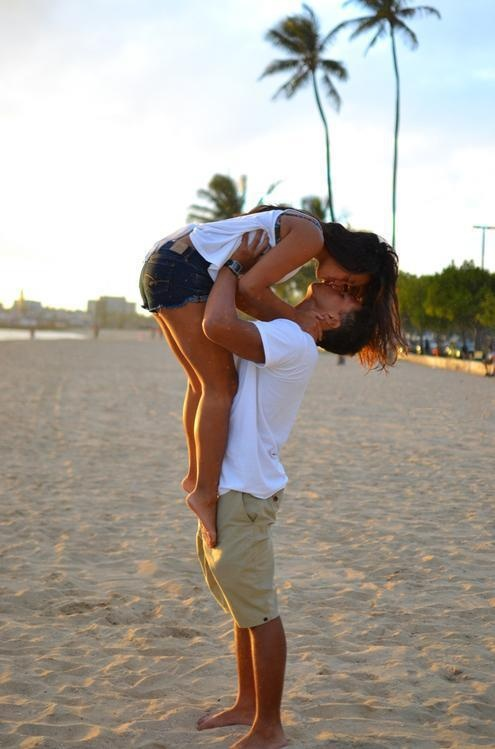 Couple on the beach ..I want pic like this