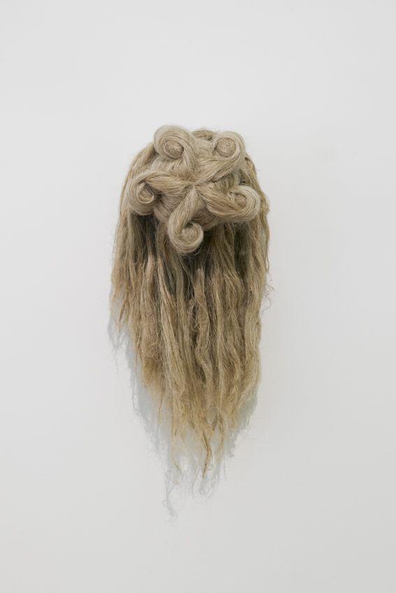 Elodie ANTOINE - Trophée aux chignons, 2014, cotton and hemp, 75x30x36cm, unique