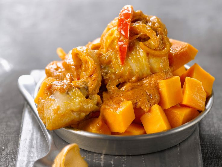 Découvrez la recette du mafé de poulet facile