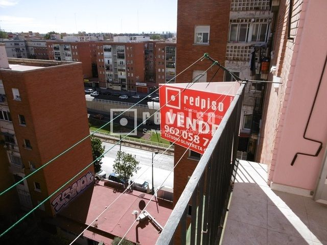 Piso en venta en CALLE PINTOR STOLZ, 77, L´olivereta, València, Valencia