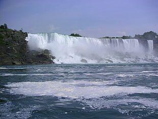Cascate del Niagara - Vista delle cascate dal basso