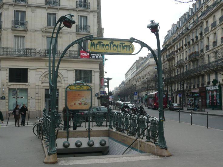 Paris, Métropolitain, Entrée de la station Temple, arch. Hector Guimard