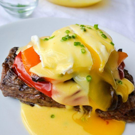 A mix between eggs benedict + steak-n-eggs.. this brunch dish is a knockout at any time of the day!